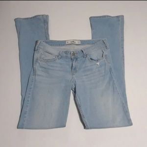 Hollister Co light wash size 9L jeans